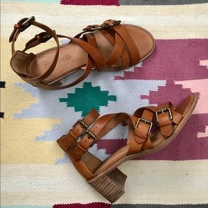 Madewell heeled leather sandal - size 7.5